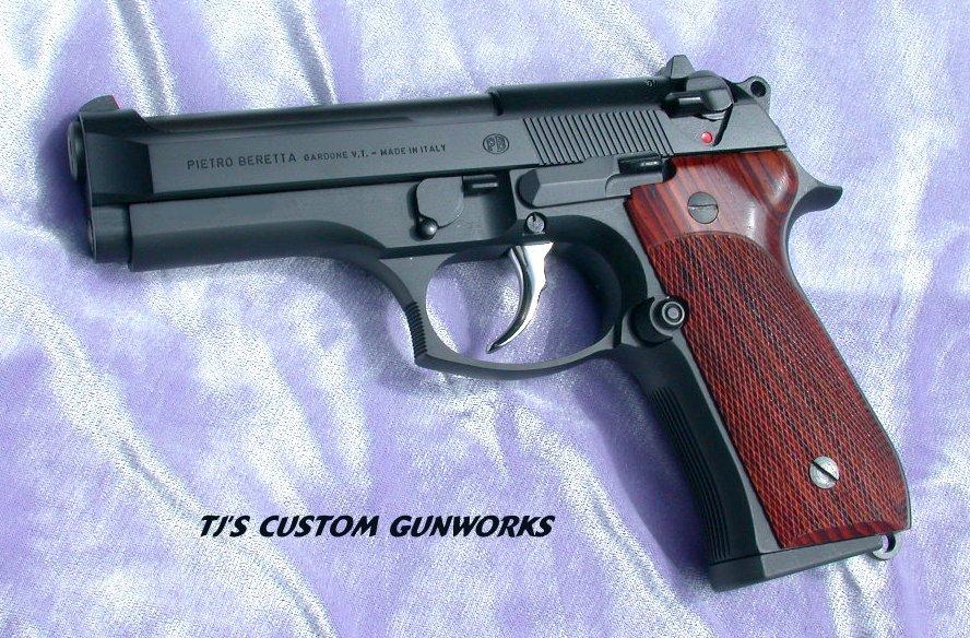 Thaddeus' Armoury Beretta96_.40_03